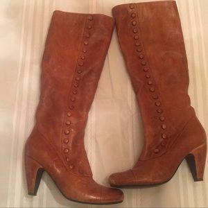 Miz Mooz Buttoned Boots